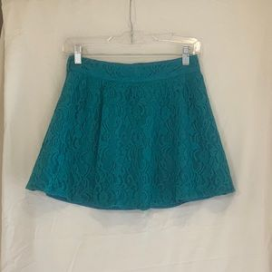 Billy, by Flying Tomato, mini Lace Skirt in blue